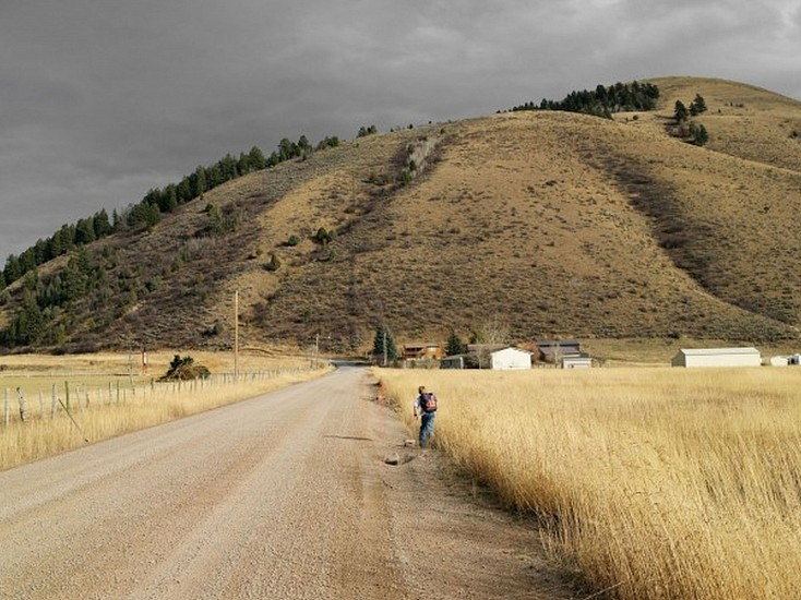 LUCAS FOGLIA, FRONTCOUNTRY ALEX RUNNING HOME FROM SCHOOL, AFTON, WYOMING Ed.8 digital C-print on Fuji Crystal Archive paper