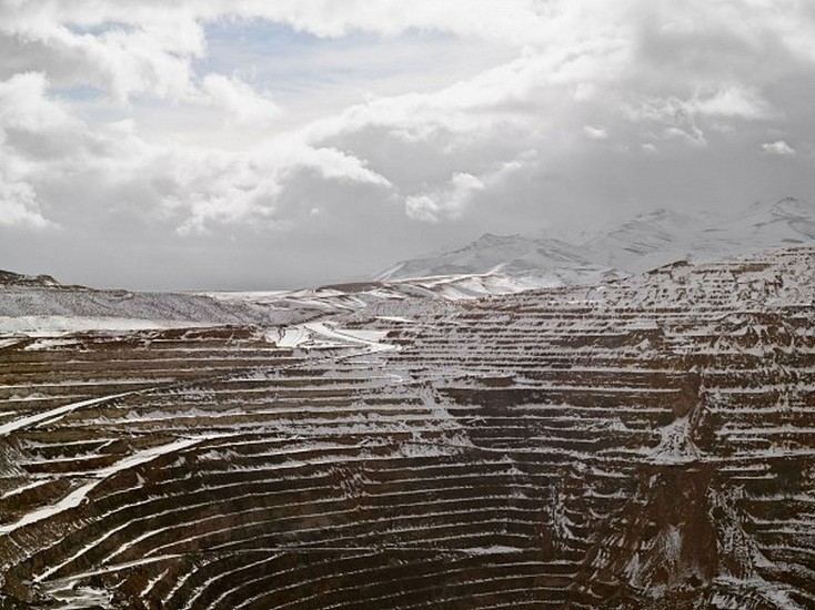LUCAS FOGLIA, FRONTCOUNTRY OPEN PIT, NEWMONT MINING CORPORATION, CARLIN, NEVADA Ed.8 digital C-print on Fuji Crystal Archive paper