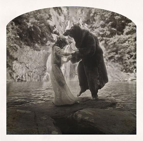 KAHN + SELESNICK, MAEVE AND THE DANCING BAT Ed, 5 pigment print