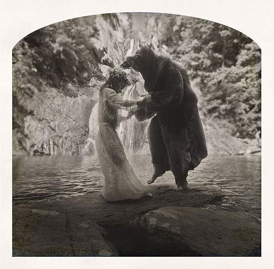 KAHN + SELESNICK, MAEVE AND THE DANCING BAT Ed, 5 pigment print