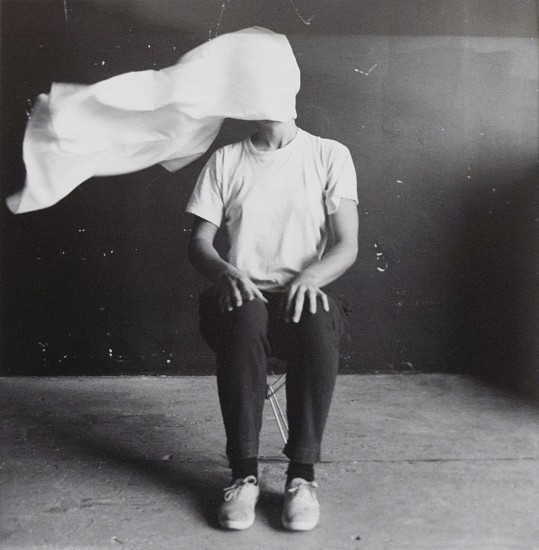ANN HAMILTON, BODY OBJECT #4 (CLOTH) silver gelatin print